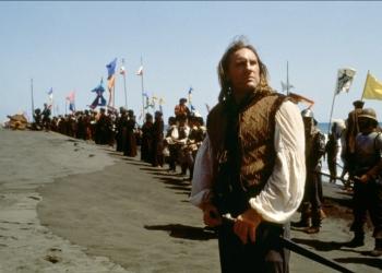 Gerard Depardieu interpreta a un Colón 'moderno', un tanto alejado de la imagen que históricamente se tiene del navegante.