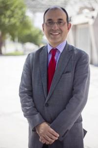 Pedro Luis Rodríguez también es coordinador de los programas de Manejo Macroeconómico y Fiscal, Gobernabilidad, Finanzas y Mercados, Comercio Exterior, y Competitividad y Asocia- ciones Público Privadas en Bolivia, Ecuador, Perú, Chile y Venezuela.