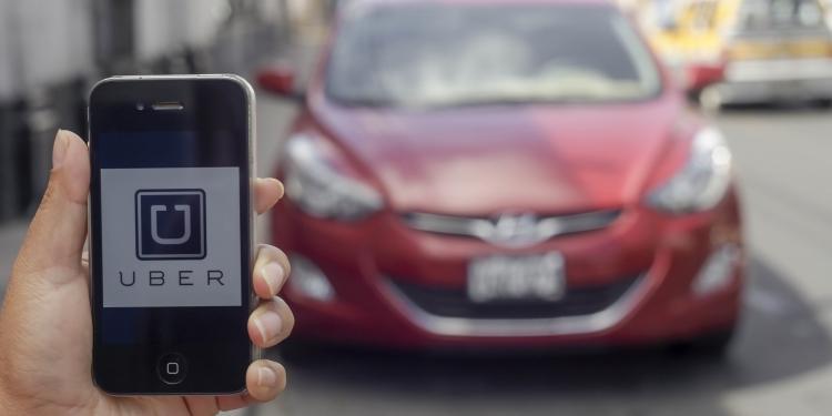 Vehículos particulares ofrecerán nueva  modalidad de servicio de taxi en Arequipa.