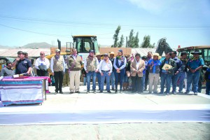Ministros de Estado y autoridades regionales llegaron a Achoma para verificar las labores de reconstrucción.