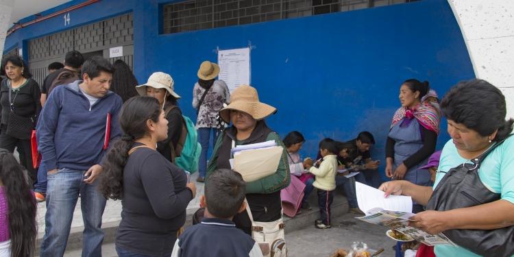 Miles de pobladores esperan con espectativa que se concrete promesa de entrega de 3 mil lotes.