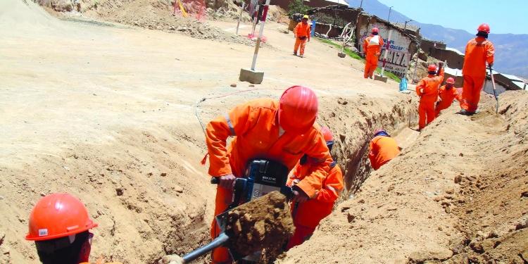 Ejecutivo decidió regular la función de las APP en la ejecución de obras.