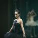 En Aronofsky, la oscuridad no significa ausencia de luz, sino rechazo de la misma.