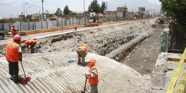 Pese a todo, Arequipa tiene muchas posibilidades de recuperar el paso si es que se concretan las inversiones que están pendientes.