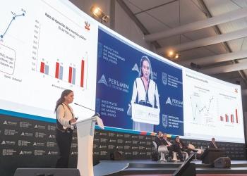 Claudia Cooper dejó en claro la importancia del sector minero para la economía peruana.