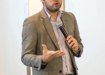 Diego Macera participó días atrás en el seminario de actualización periodística promovido  por la Sociedad Nacional de Minería, Petróleo y Energía (SNMPE).