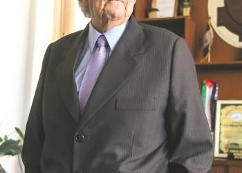 En el 2018, Simón Balbuena Marroquín cumplirá 22 años como alcalde: dieciocho en el Municipio Distrital de Hunter y cuatro al frente del Municipio Provincial de Arequipa.