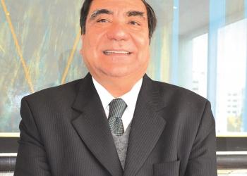 Víctor García Toma es abogado constitucionalista. Fue ministro de Justicia y también  presidente del Tribunal Constitucional.
