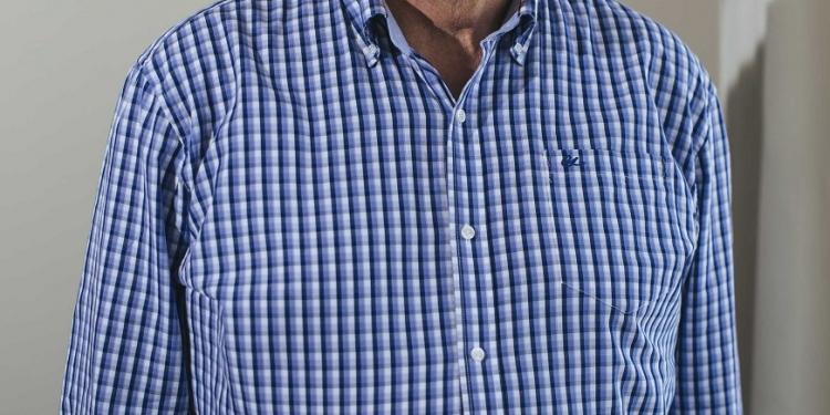 José Lombardi Indacochea es antropólogo social, fue presidente de la ONG El Taller y presta  servicios de consultoría a instituciones públicas y privadas.