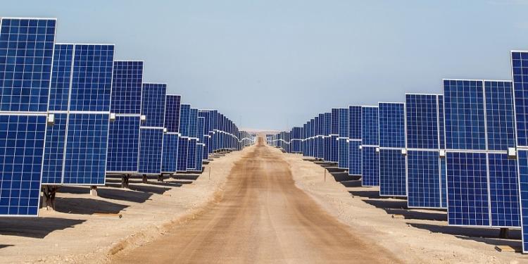 Energía económica gracias a las bondades del desierto de Moquegua.
