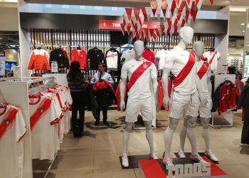 El 74 % de los hogares peruanos gastará en algo relacionado con el Mundial.