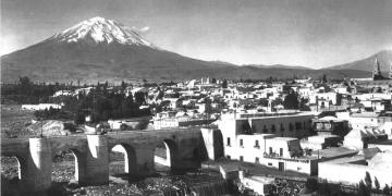 Los fuertes aguaceros que soportó la ciudad están muy presentes en los registros históricos.