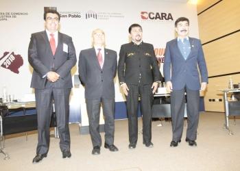 Javier Ísmodes y Elmer Cáceres definirán la elección regional el próximo 9 de diciembre.