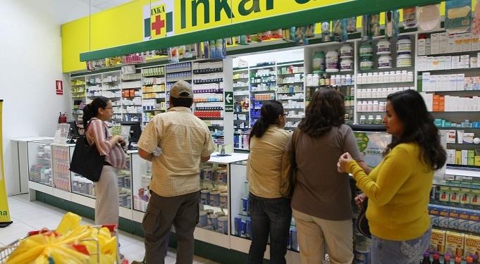 El nombre de las cadenas de farmacias solo responde a una estrategia de mercado, en realidad, todas son de un mismo propietario.