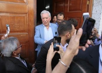 Mario Vargas Llosa volvió a confrontarse al fujimorismo y a condenar toda dictadura.