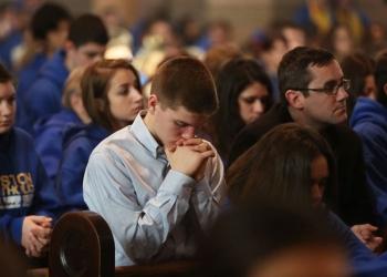 Ir a misa siempre es bueno. Toca, sin embargo, dar un paso hacia la participación consciente en esta.