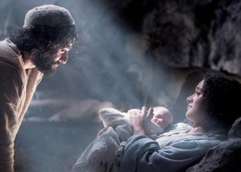 The Nativity Story recrea los meses previos al nacimiento de Jesús, con María y José como protagonistas centrales.