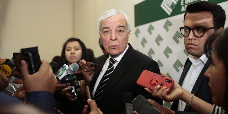 Carlos Gálvez, exigió al Gobierno nacional que asuma su liderazgo para resolver el conflicto de Tía María.