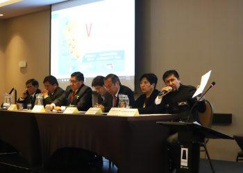 Los gobernadores regionales del sur se reunieron en Tacna y presentaron el proyecto de nueva ley minera.
