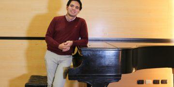 Luis Fernando Ruiz Pacheco, egresado de la UCSP y estudiante de composición musical en Puerto Rico.