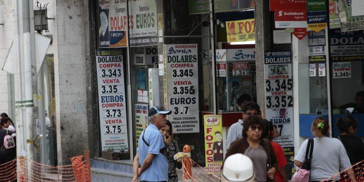 En el Perú existen 24 fintech que ofertan el servicio de cambio de divisas.