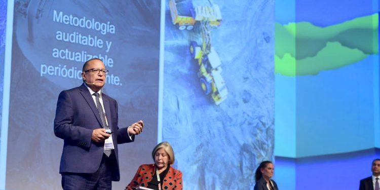 Gonzalo Tamayo expuso las fortalezas y debilidades del país para atraer nuevas inversiones mineras.