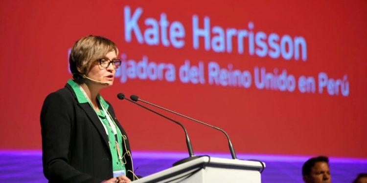 Kate Harrison, contó que el modelo de construcción de los Juegos Panamericanos, es usado en el proyecto de tratamiento de agua en el Lago Titicaca.