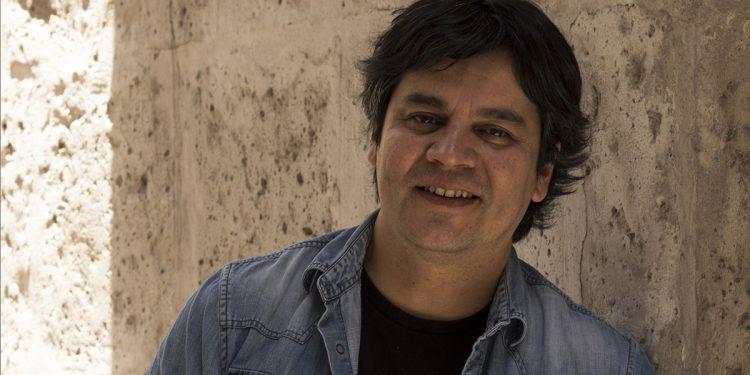 El músico participó en un conversatorio llamado Somos Música junto a Naysha Montes y Pedro Rodríguez como parte de las actividades del Hay Festival Arequipa. FOTO: Natalia Martínez.