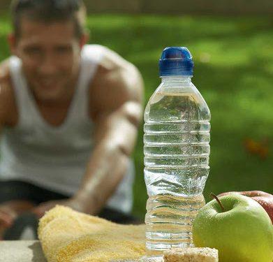 Los atletas deben balancear su alimentación durante este 'encierro'.