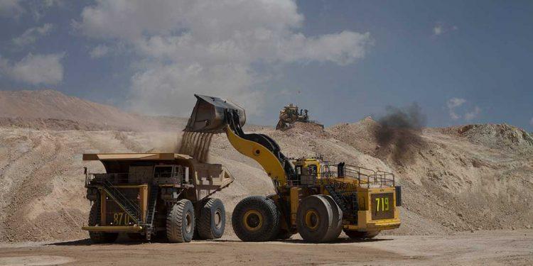 Aunque la minería sigue en producción, el efecto mundial del coronavirus golpeará muy fuerte a este sector.