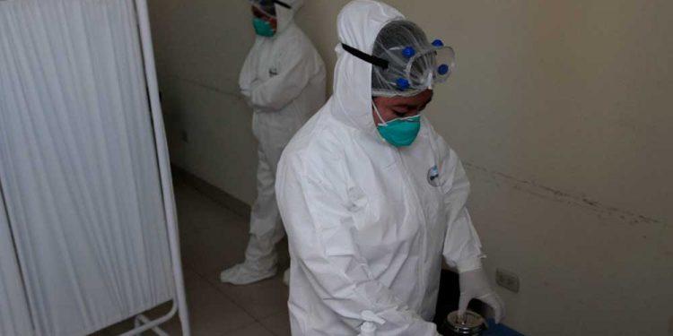 Autoridades sancionarán a quienes incumplan disposiciones para frenar propagación del coronavirus.