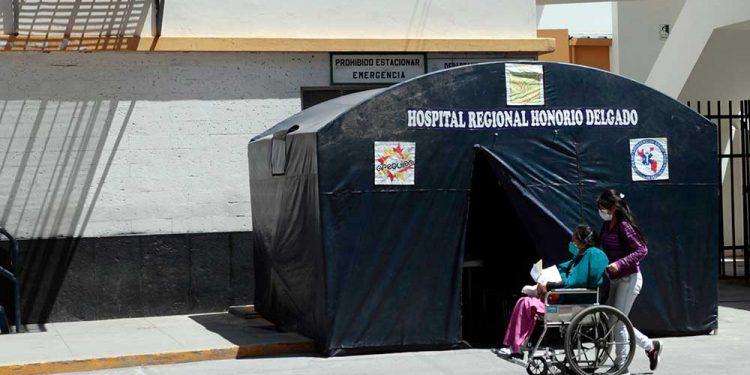 Hospital general se adecua para recibir a pacientes de coronavirus.