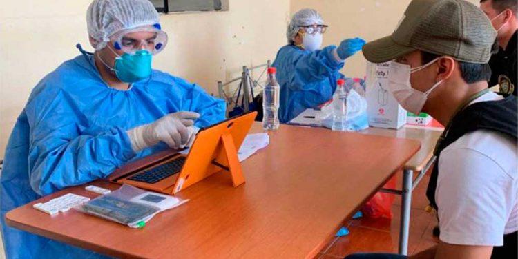Gobierno exigirá aplicación de polémicas pruebas rápidas a trabajadores que retomen labores (Foto: Andina).