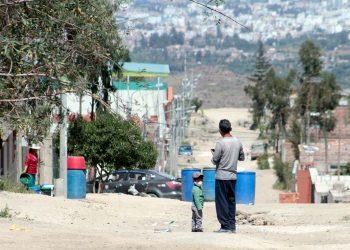 Hay sectores pobres en Arequipa que en esta cuarentena no solo sobreviven sin apoyo, sino sin recursos vitales como el agua.
