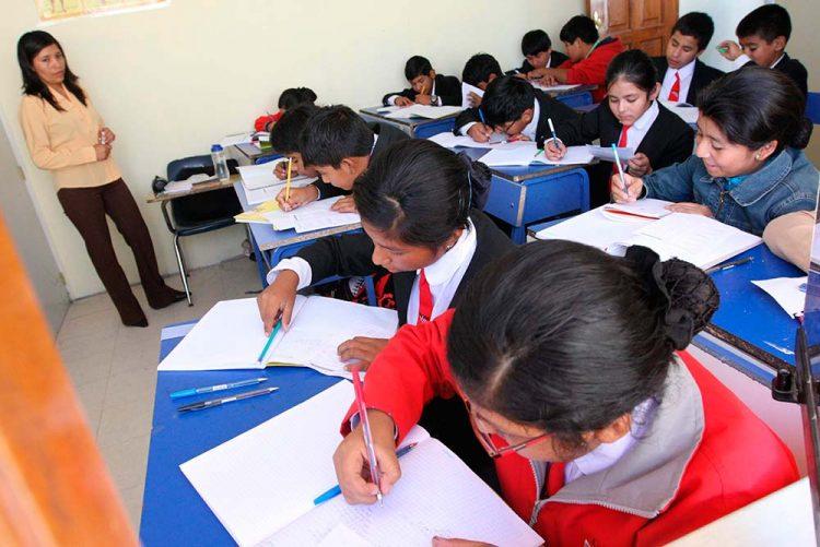 Norma emitida por el Gobierno deja al borde de la quiebra a muchos colegios privados.