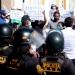 Cientos de comerciantes de la plataforma de Andrés Avelino Cáceres, salieron a exigir la reapertura de sus centros de labores.