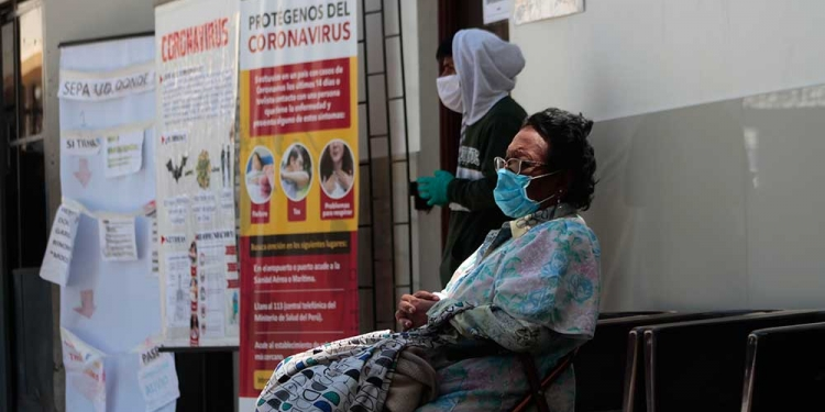 'Hospital COVID-19' aumenta capacidad de atención pero igual resulta insuficiente ante el incremento de casos por contagio de COVID-19.