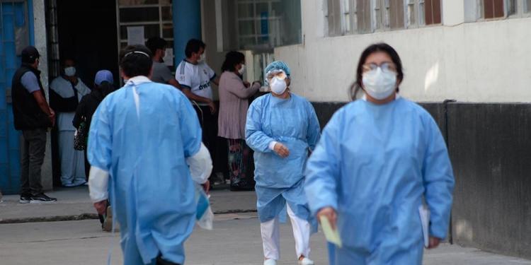 El sistema de salud está a punto de colapsar en Arequipa, ante falta de ventiladores.