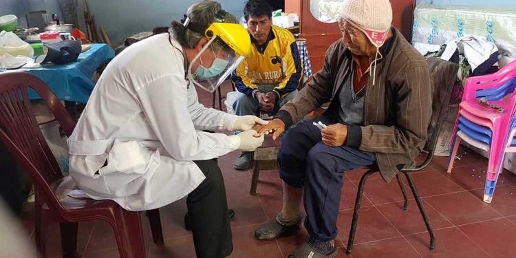 'Voluntarios en Acción' cumplen una labor destacada con las personas de la tercera edad.