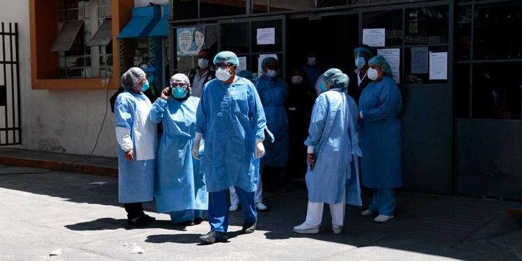Más deficiencias en la gestión sanitaria de parte del gobierno de Elmer Cáceres Llica.