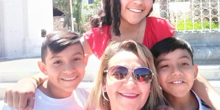 Camila, José Luis y Mathyas son la principal motivación de Miss Olenka.