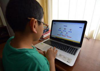 Unos 14 mil alumnos 'no contactados' perderían el año escolar en Arequipa.