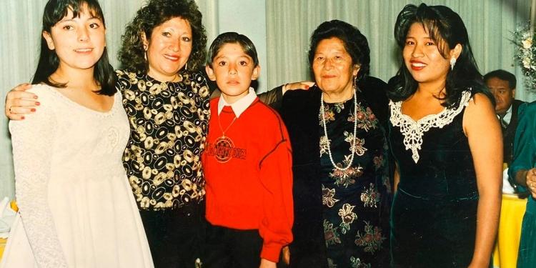 Sus nietos se suman a la tercera generación que sigue dando vida al bazar María Auxiliadora