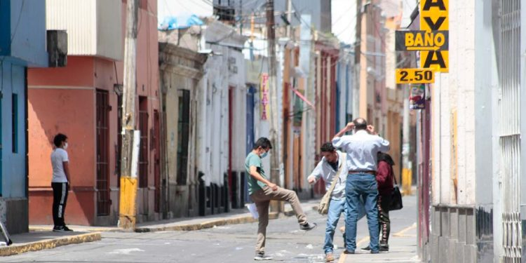 Al igual que en Iquitos el COVID-19 habría 'arrasado' con la población del Cercado de Arequipa.