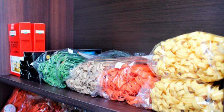 La variedad de pastas son algunos de los insumos preferidos por los clientes.