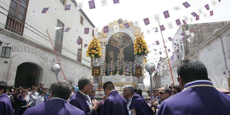 Por la pandemia se suspendieron las procesiones y misas presenciales por el Cristo Moreno.