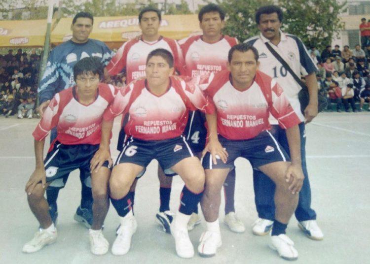 Figuras del fútbol profesional como Martín Gago, Walter 'Macha' Zevallos y Rubén Herrera participaron en el tradicional campeonato.