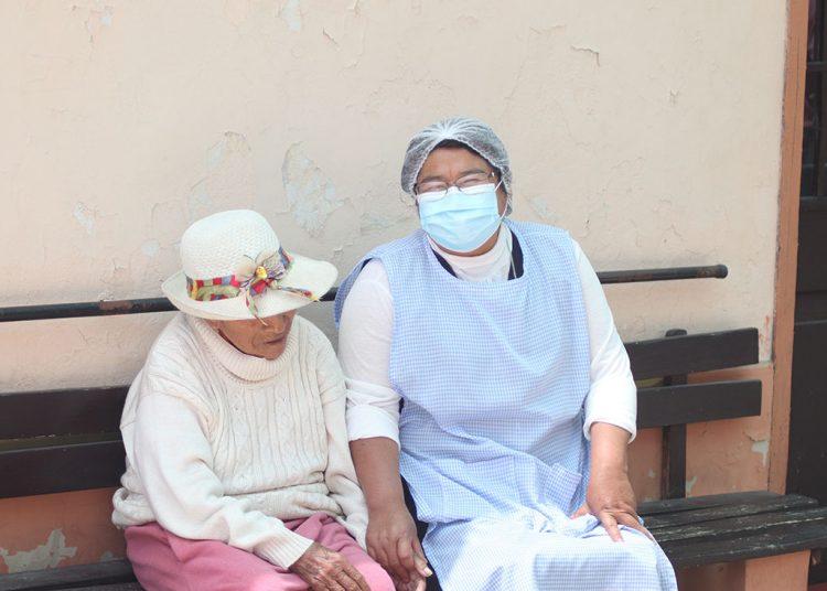 Además tienen el permanente acompañamiento de enfermeras, médicos y auxiliares.
