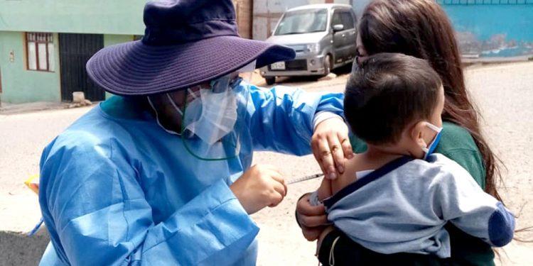 Los niños corren riesgo de contraer otras enfermedades como consecuencia del coronavirus.