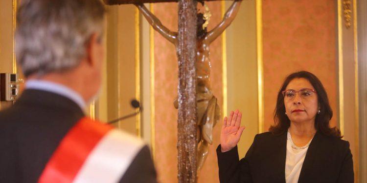 Violeta Bermúdez brindó sus primeras declaraciones como Premier.